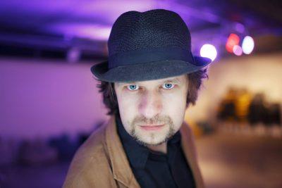 Журналіст Олег Шинкаренко